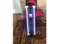 Fluval light unit with 2 x t5 light for fish tank both work and with 2 x parts lid v g c look pic