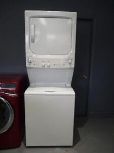 47-   Laveuse Secheuse GE Superposées Washer Wryer -
