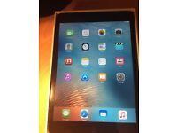 Apple Ipad mini 32 gb boxed