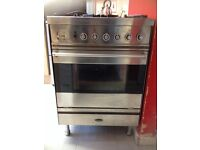 Very good nice clean strong cooker and extractor fan