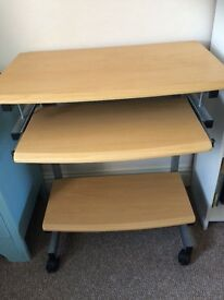 Small computer desk in good condition.£10 txt 07511811005