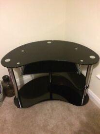 Black / Chrome high gloss desk