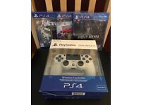 SONY PLAYSTATION 4 CONTROLLER + 3 GAMES - BRAND NEW AND SEALED FOR PS4
