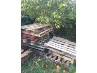 Wooden pallets fire wood - Free