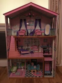 4ft dolls house including furniture