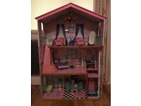 4ft dolls house including furniture