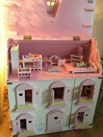 Rosebud dolls house and accessories