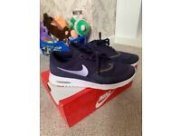 Purple Nike air thea