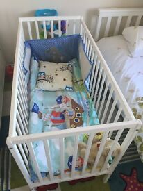 Baby cot bed with mattress and bumper
