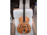Hofner Guitar:Senator E1:Vintage 1959:Archtop:Electro-acoustic.Well looked after.