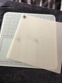 Tonic Glass Cutting Mat and Splodeaway mat