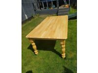 **solid pine table**