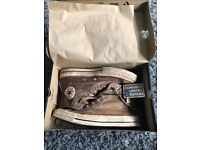 Converse limited edition 9.5 mens