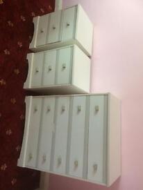 Bedroom draws