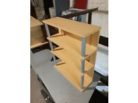 Small Shelf in excellent condition