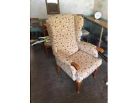 Wing back upright comfort chair