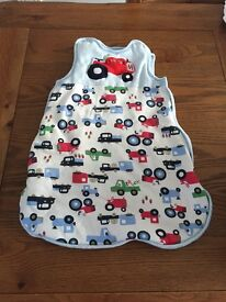 Baby swaddling bags/sleeping bags