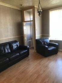 2 bed terraced house for rent in Farnworth BL3 £495 pcm - working tenants only please