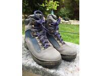 M.O.A.C Size 8 Men's Walking Boots