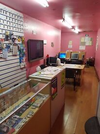 Shop Floor to Rent on Busy High Street (in front of main bus stop)