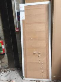 Deanta Pre - Finished Oak Door 1981 x 610 x 35mm