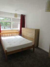Bright cosy fully furnished double :-)