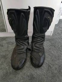 41 motorcycle boots