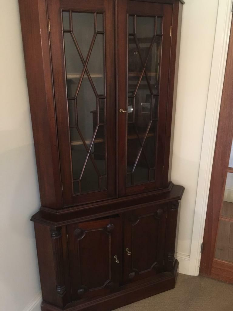 Mahogany Dining Table And 6 Chairs FREE Corner Unit