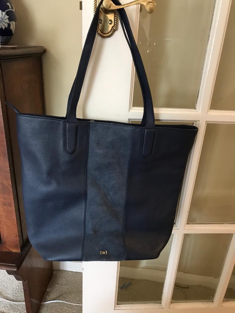 Navy leather bag   in Bury St Edmunds, Suffolk   Gumtree 5917ee4d87