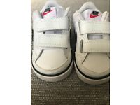 Brand New Baby Nike Trainers Size 2.5