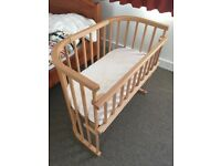 Babybay bedside cot excellent condition