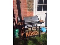 3-burner gas BBQ with cover and gas bottle