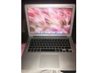 Apple MacBook Air 13 - inch