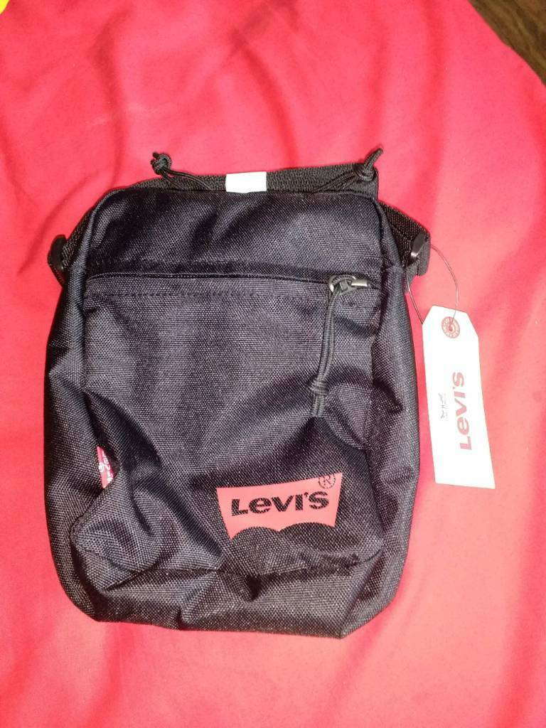 22aab46e98c Levis unisex small shoulder messenger man bag !!   in Sparkbrook ...