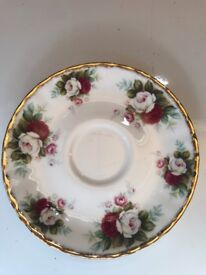 royal albert small plate with wall hanger