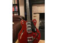 Gretsch Electromatic G5622T guitar Made in Korea 3 pickup cats eye version with hard case