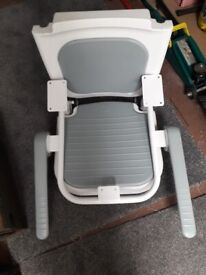 Mobility chair for shower room