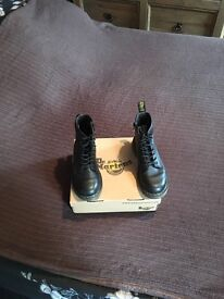 Girls doc martins