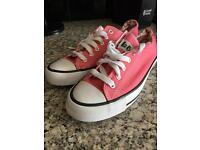 Lee cooper converse style