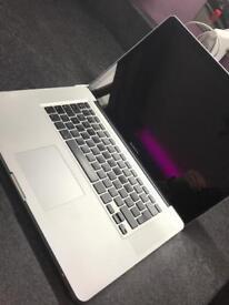 """MacBook Pro 15"""" Late 2011 - High Spec"""