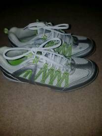Brand new trainers size 5