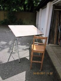 DRAWING BOARD and Folding Metal Stand and High Seat