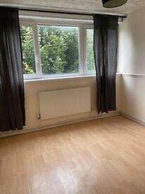 Newly Refurbished 3 Bedroom Maisonette Flat. Near Limehouse, London E14