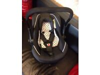 Silver Cross Car Seat - Black and White - chest pads and head hugger.