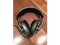 Sennheiser HD485 Open Headphones- almost perfect condition