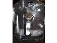 SIGNATURE RECHARGEABLE CORDLESS 3 HEAD SHAVER (Brand New & Boxed)