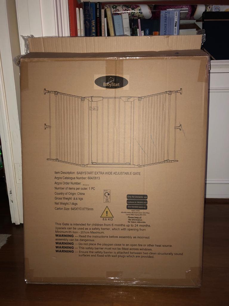 Babystart extra wide adjustable child gate