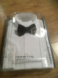 Men's smart 14.5 white slim fit Redherring shirt