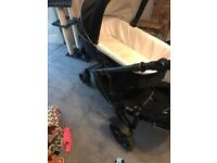 Britax b-dual pram with removeable 2nd seat underneath
