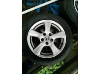 Honda 16 inch alloys wheel with winter tyres !
